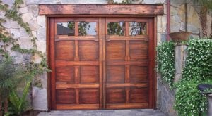 Carriage_House_Door_002.jpg