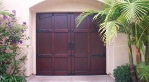 Carriage_House_Door_004.jpg